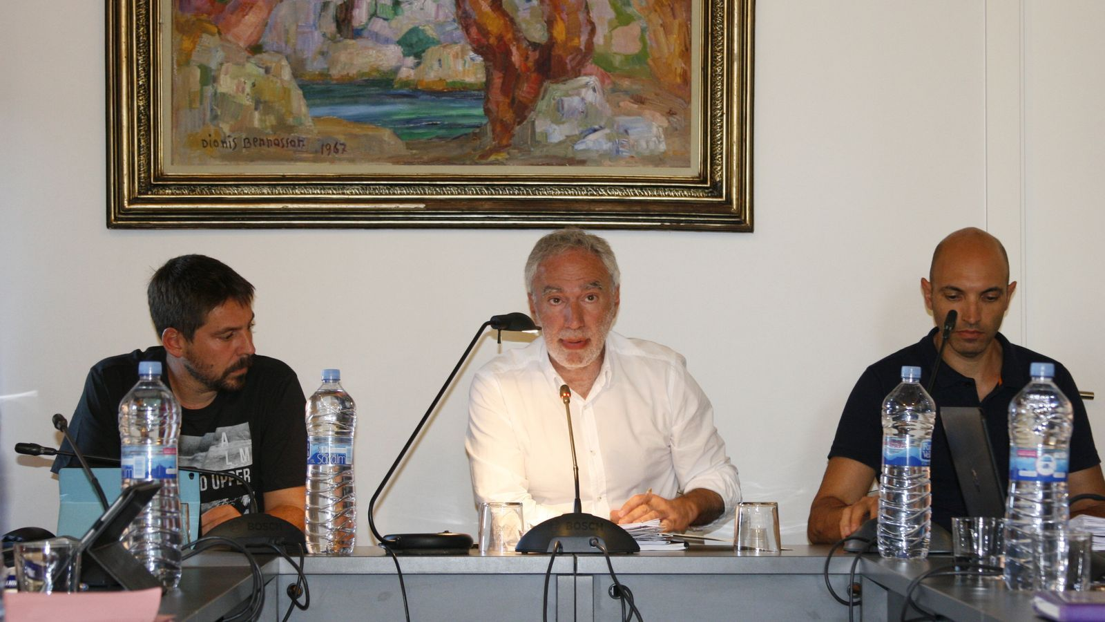 Membres de Junts, grup que questiona la política informatica de l'actual batle.
