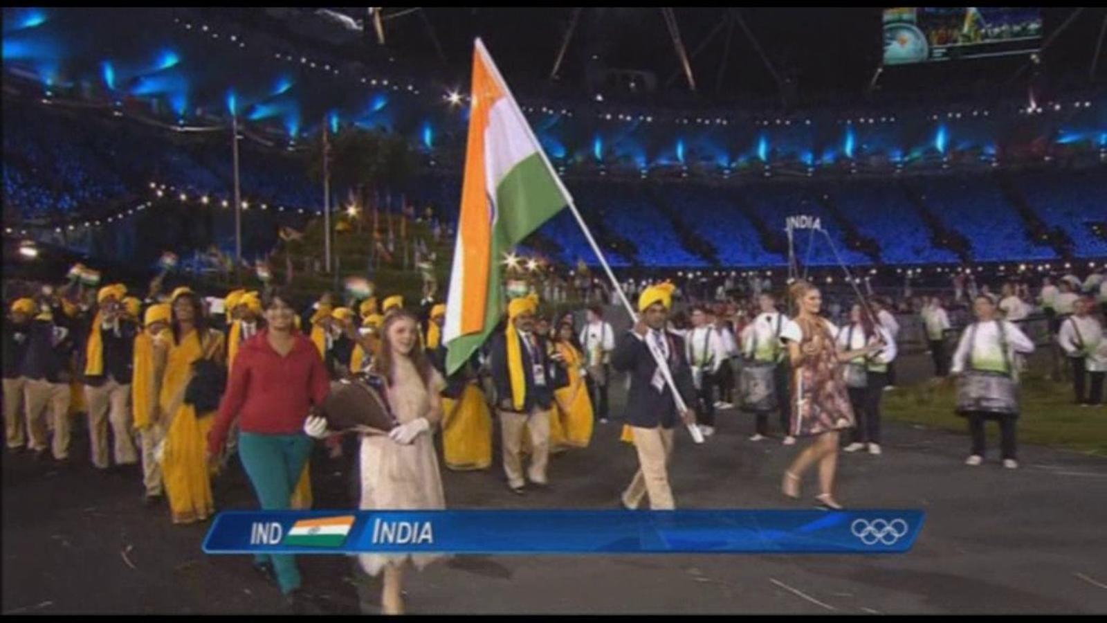S'infiltra una intrusa entre la delegació índia la desfilada inaugural dels Jocs