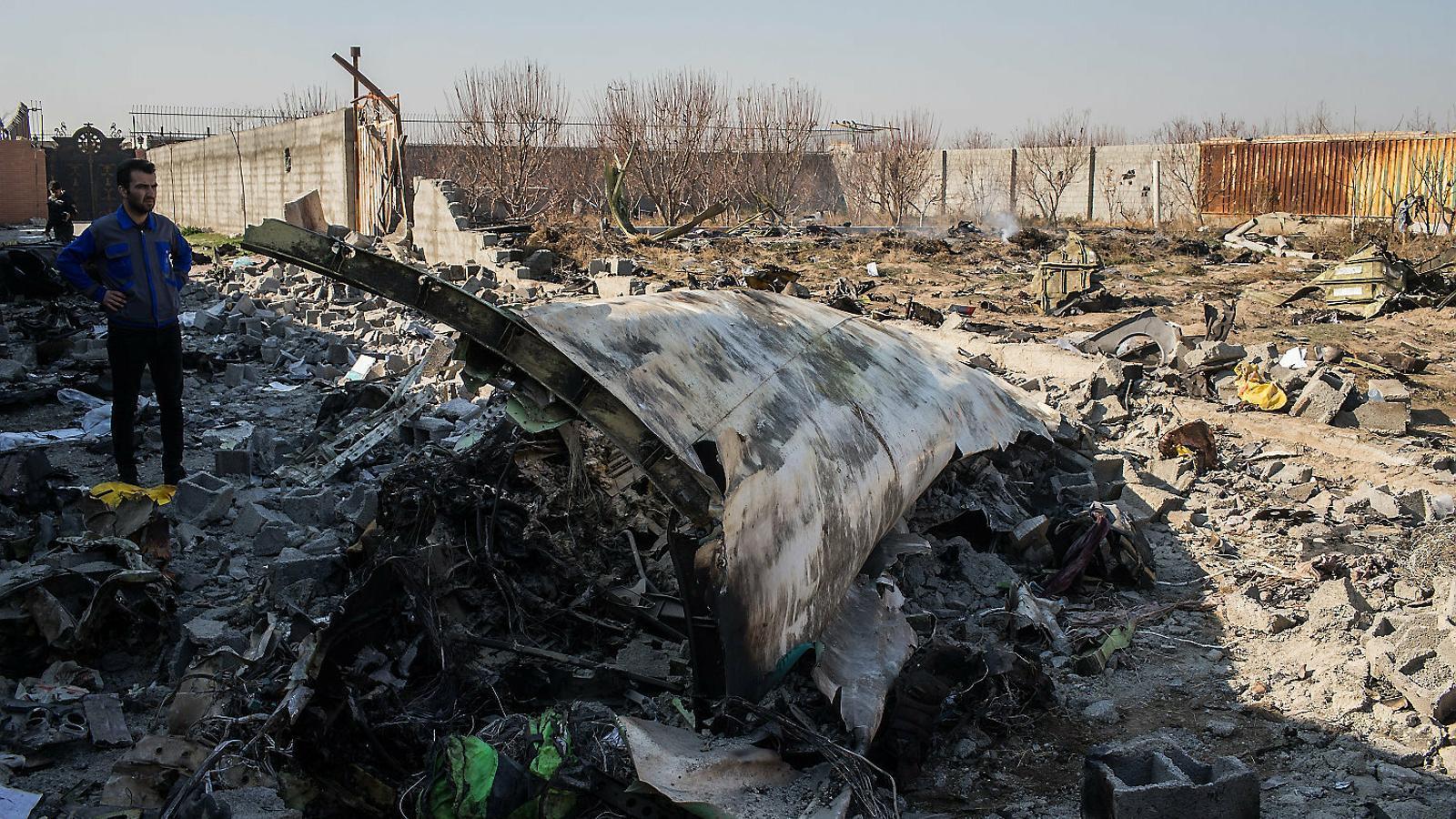 """L'Iran admet que va abatre l'avió ucraïnès amb un míssil """"per error"""""""