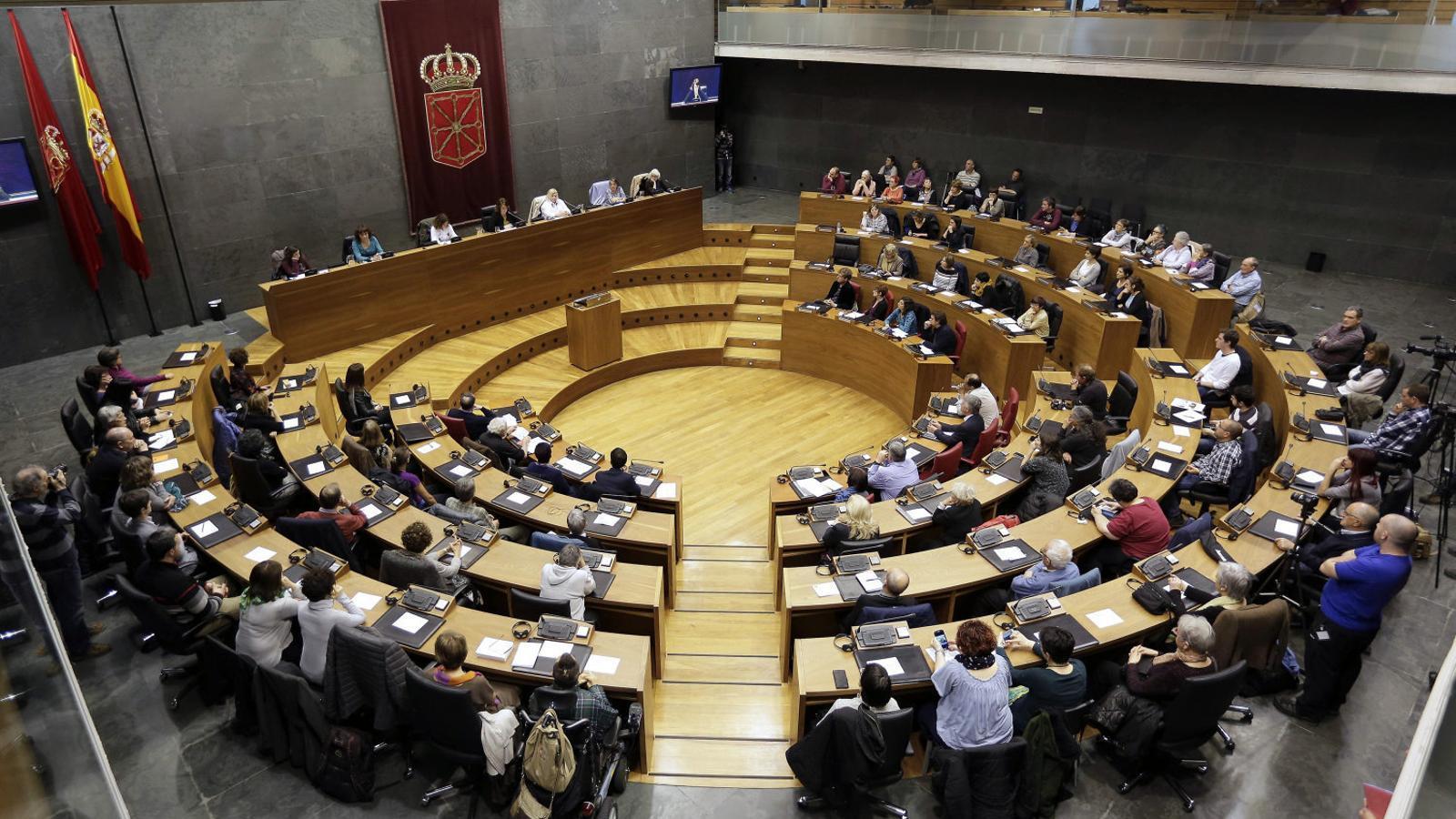 Imatge d'arxiu del Parlament de Navarra, que ahir va votar en contra de l'aplicació de l'article 155 de la Constitució per intervenir la Generalitat de Catalunya.