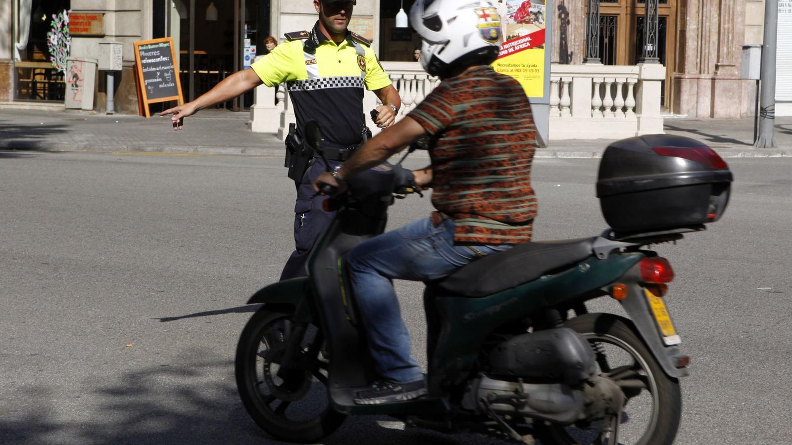 Més controls a les motos.