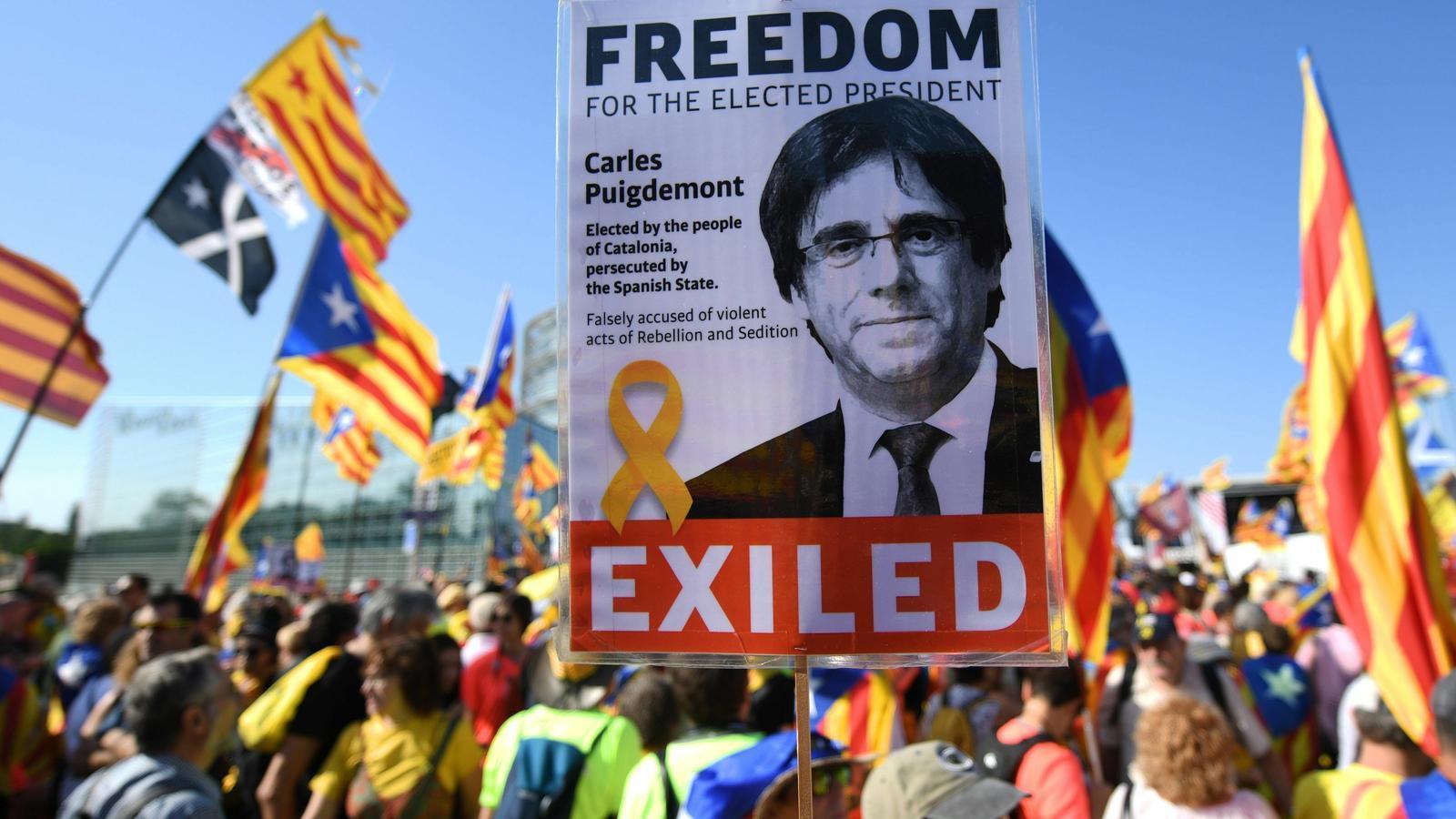 L'Eurocambra arrenca sense presos ni exiliats