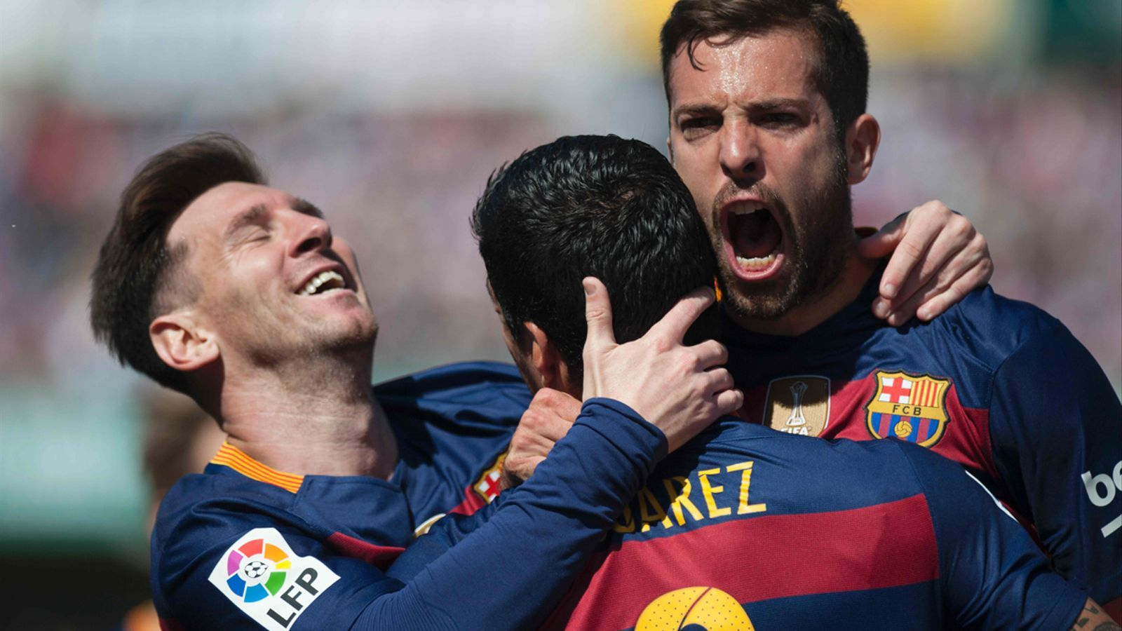 BARÇA, BARÇA, BARÇAAAAAAA!!!!!!! CAMPIÓ DE LLIGA 2016  Messi-alba-Suarez-celebrant-Barca_1576652580_28979314_735x413