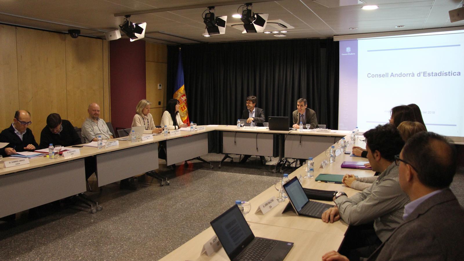 Primera reunió del Consell Andorrà d'Estadística. / M. T. (ANA)