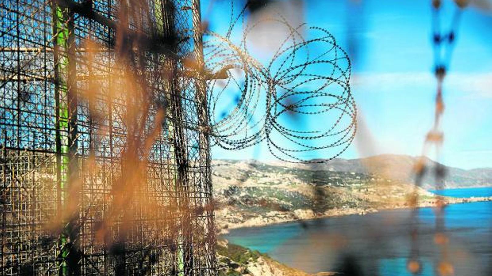 Espanya demana 45 milions a la UE per frenar la immigració
