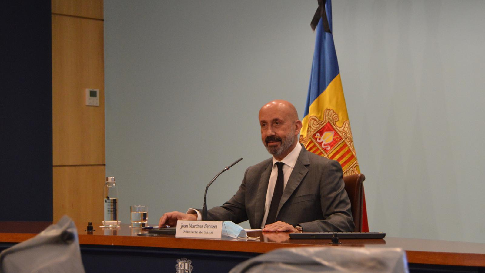 El ministre de Salut, Joan Martínez Benazet, durant la roda de premsa d'aquest dimarts. / M. F. (ANA)