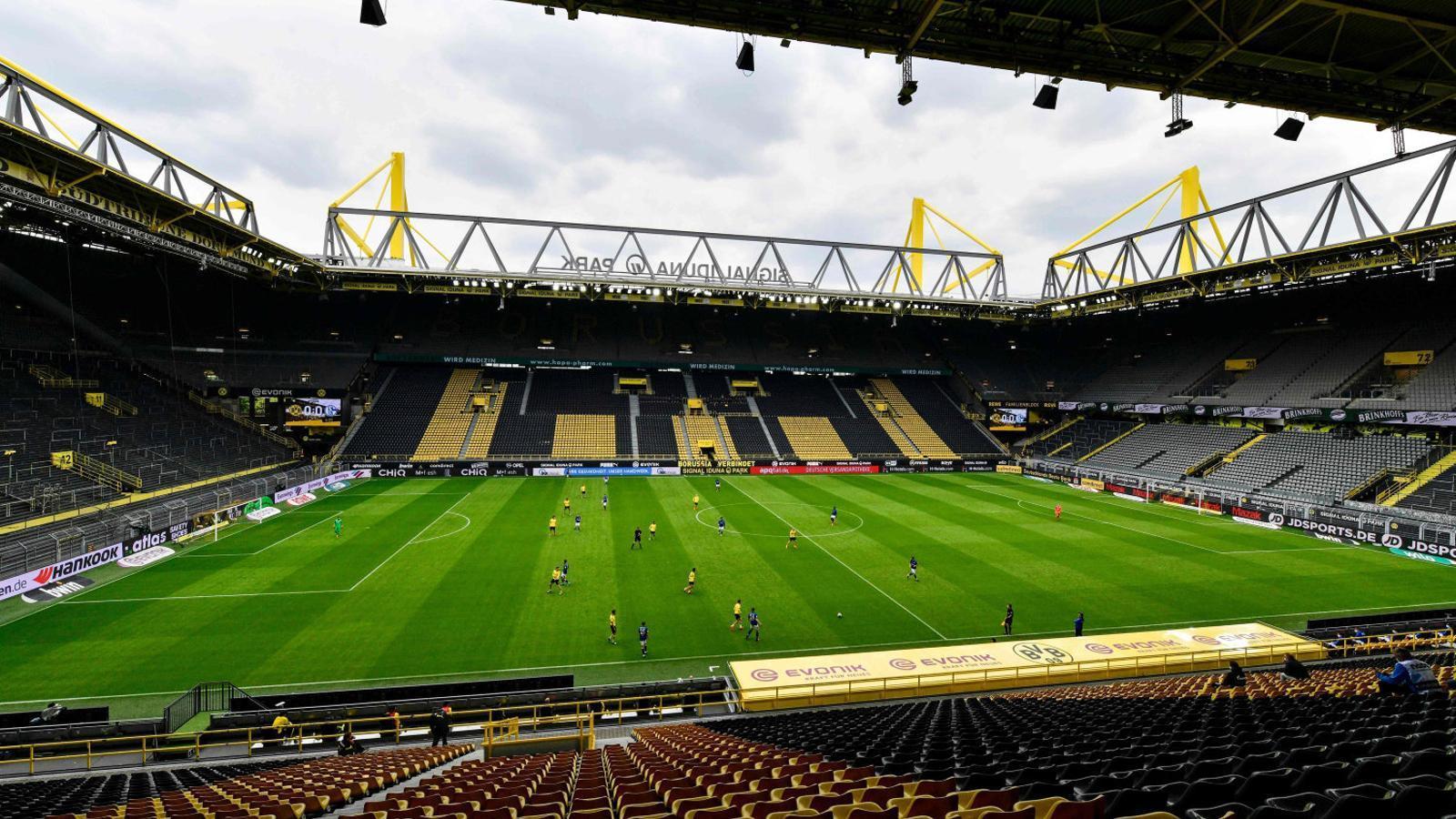 El futbol torna a Alemanya, però sense ser el mateix d'abans