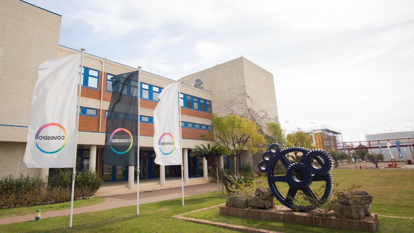 Covestro invertirà 200 milions en una planta de Tarragona que fa dos anys volia tancar