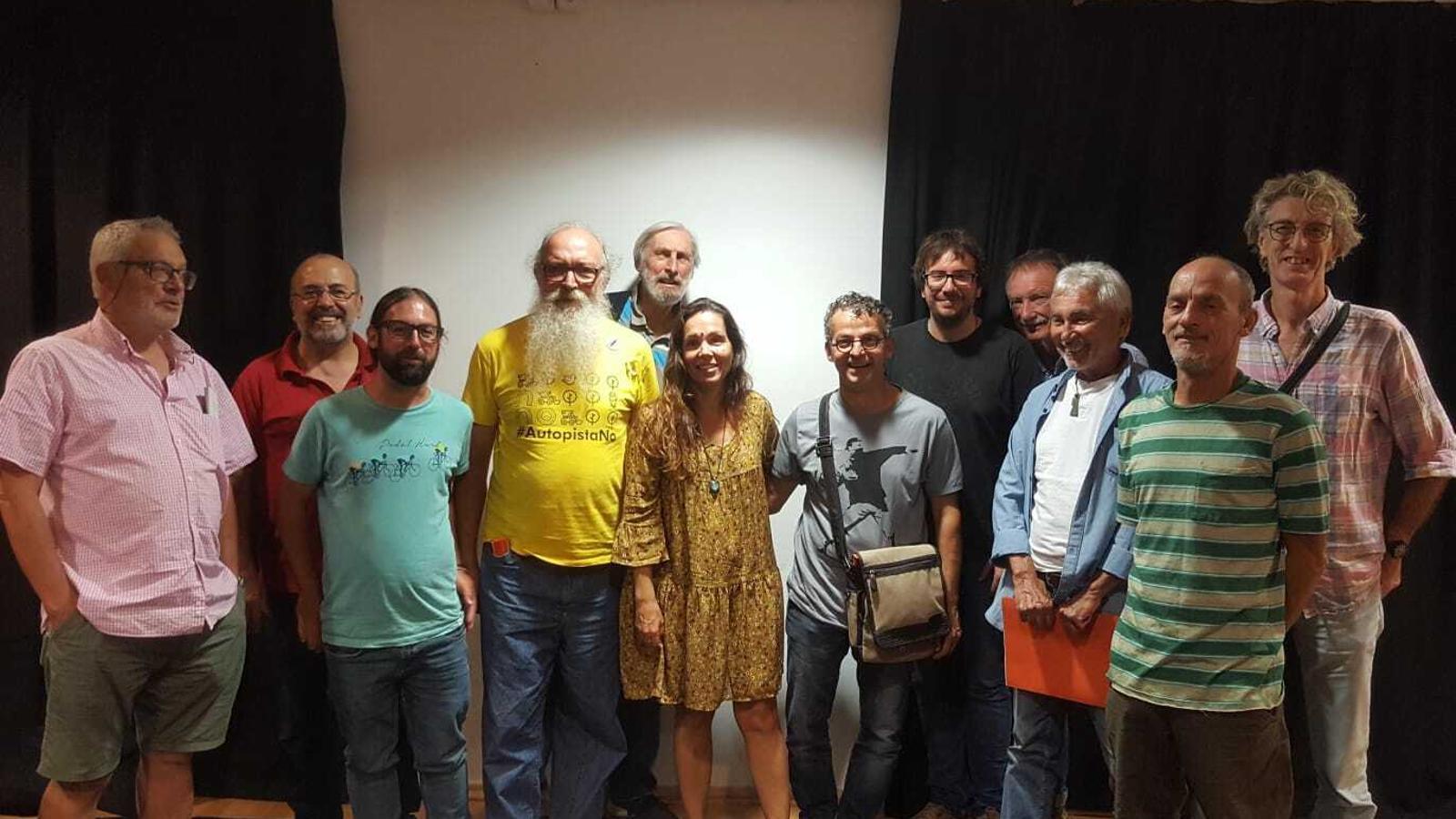 Membres d'Alternativa Artà amb representats de Crida per Palma, Alternativa per Pollença i Independents de Santa Margalida