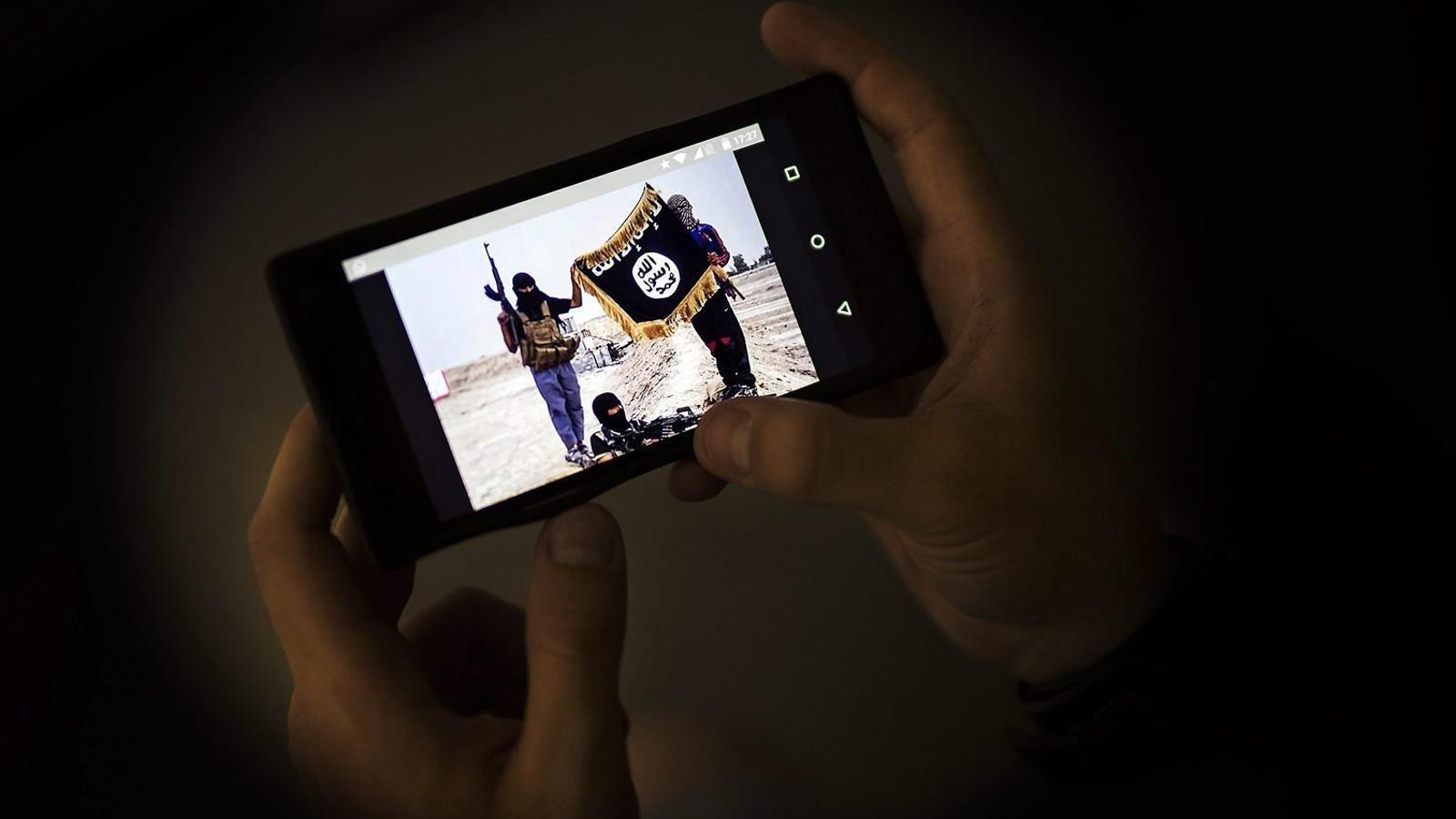 """""""Vaig arribar a ser administradora d'una pàgina d'apologia de l'Estat Islàmic"""""""