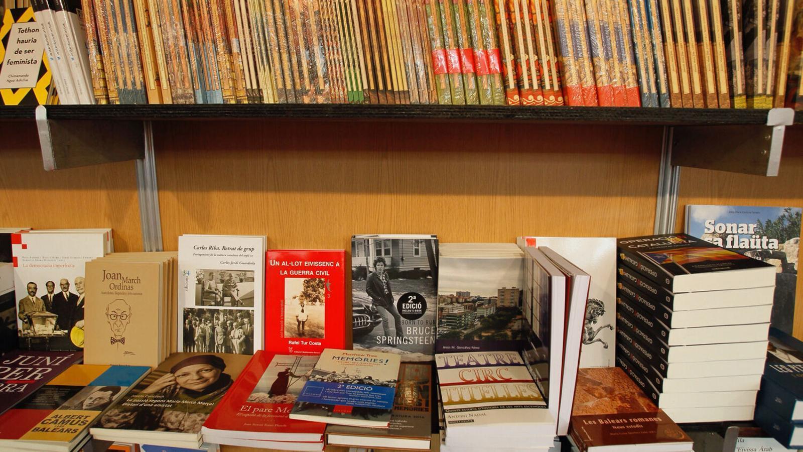 Imatge d'arxiu d'una Fira del Llibre en català.