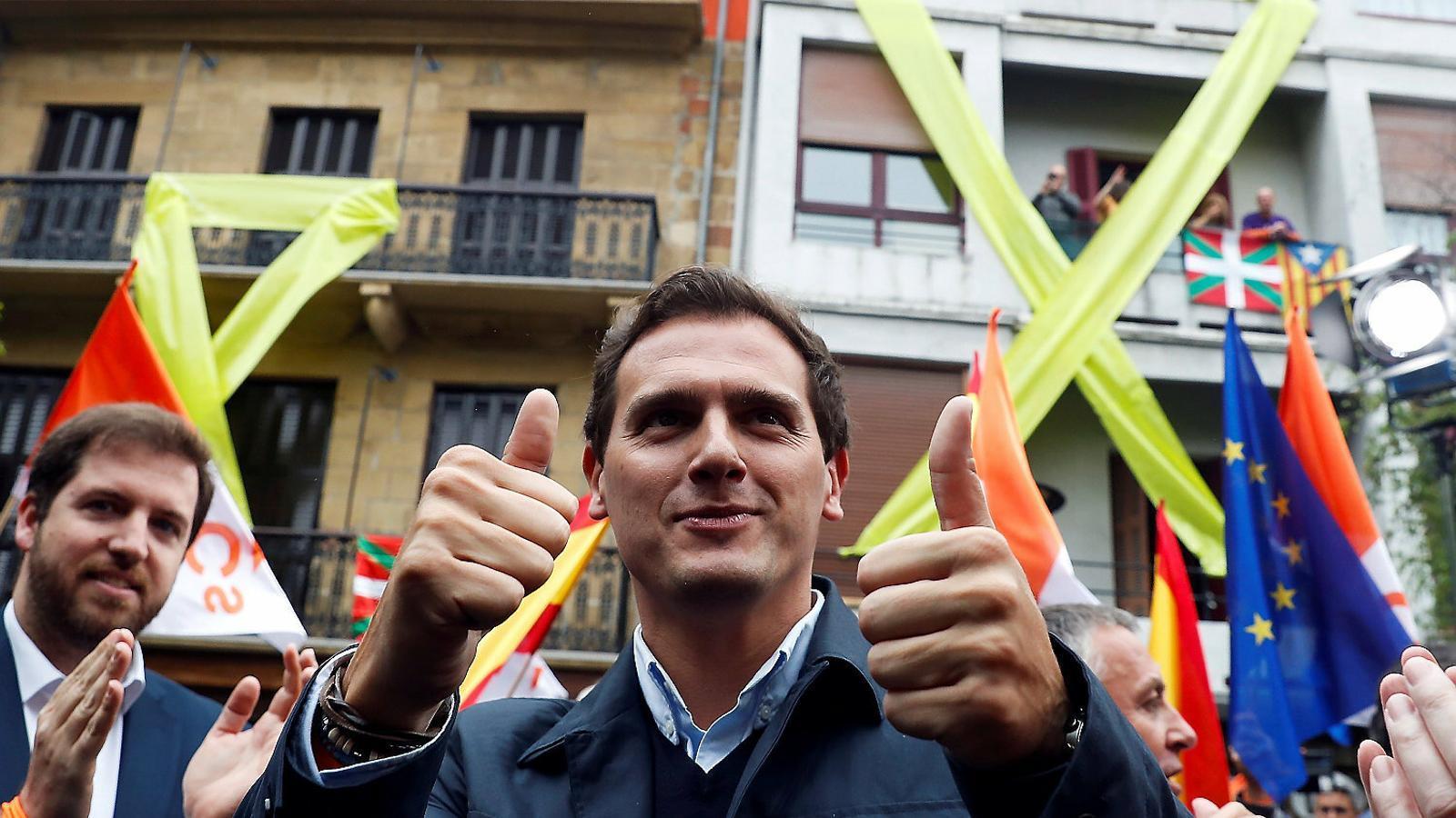 El bloc de la dreta utilitza ETA contra Sánchez