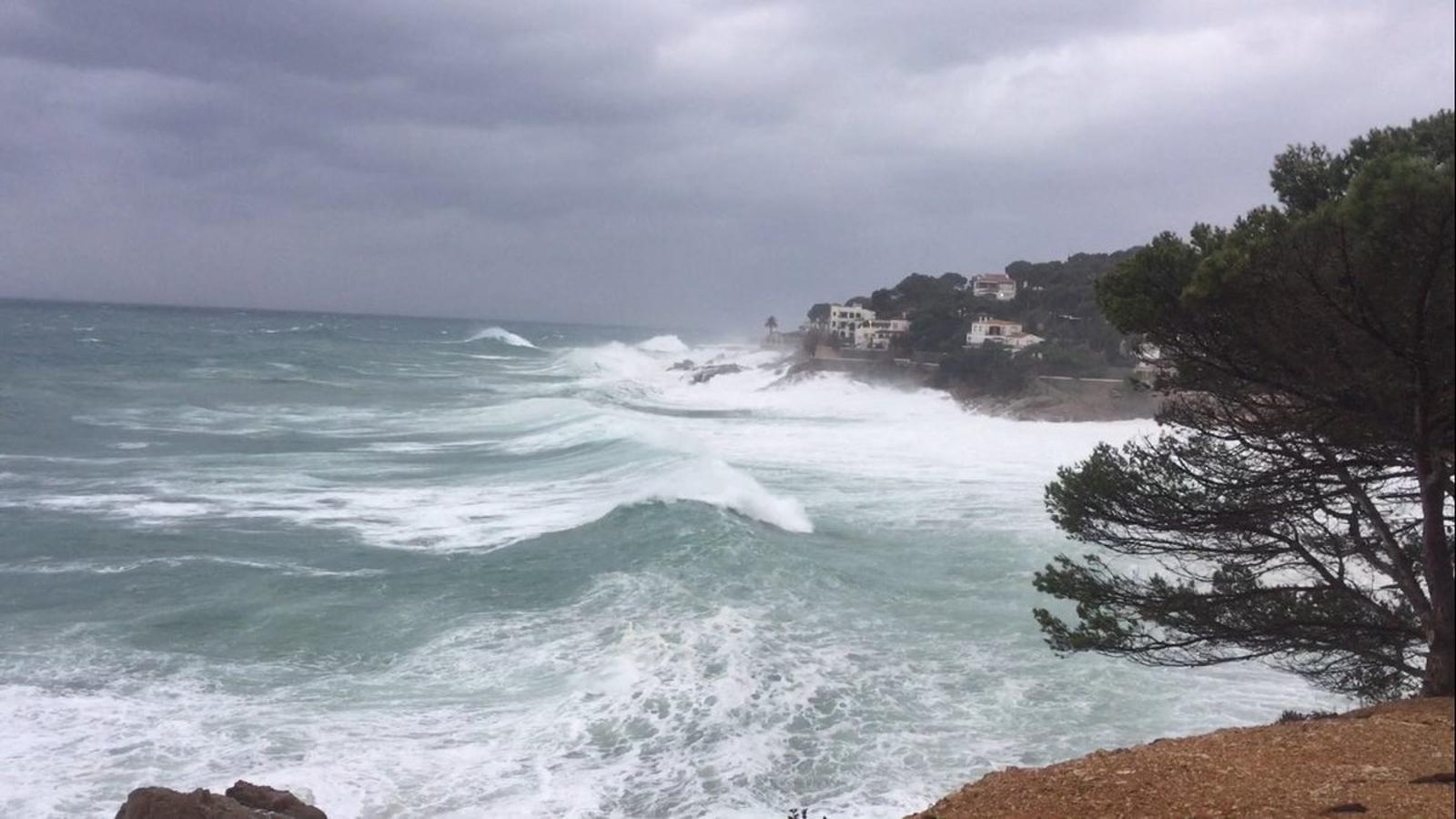 El temporal de pluja, neu, vent i mala mar continuarà actiu fins demà