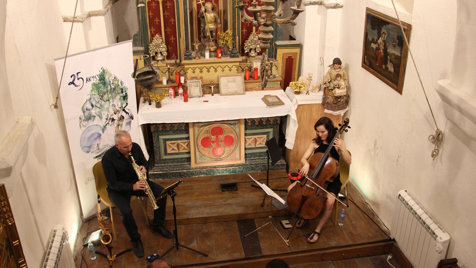 Duo cello sax. / ARXIU