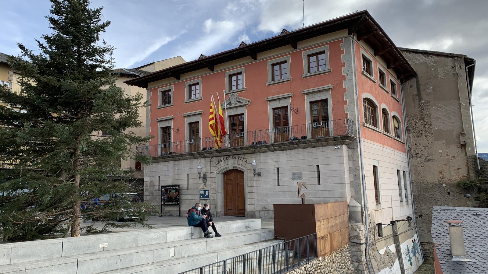 L'Ajuntament de Puigcerdà. / G.L.T.