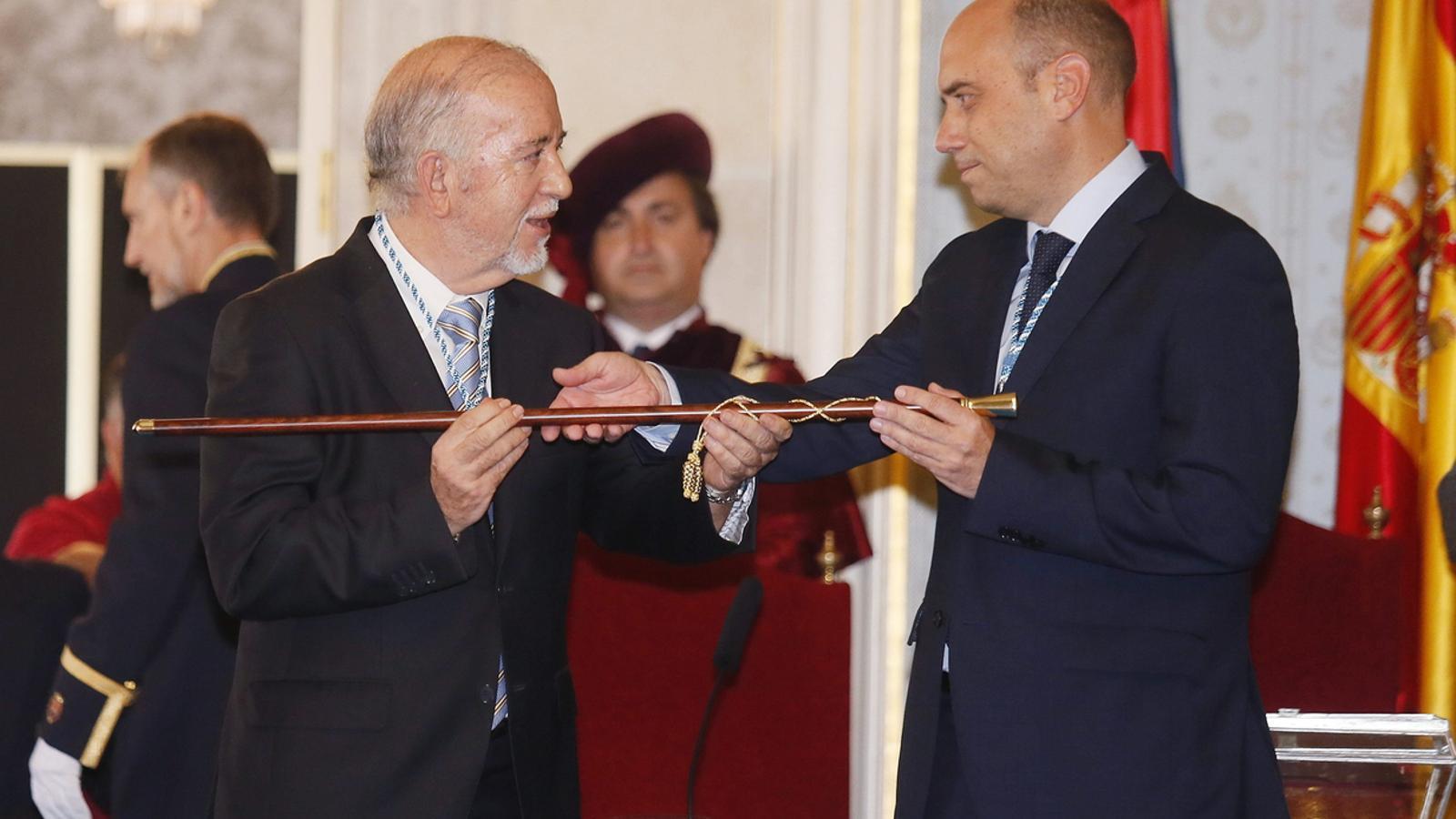 Imputen l'alcalde d'Alacant per fraccionament de contractes