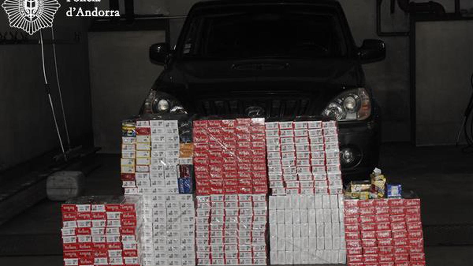 Imatge del material confiscat diumenge passat a Andorra la Vella. / COS DE POLICIA