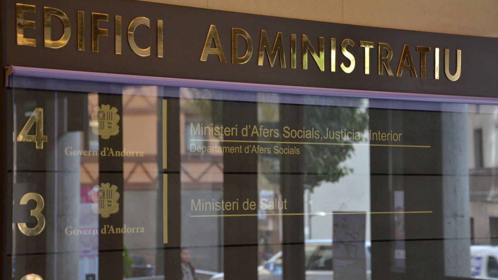 La façana de l'edifici on està el ministeri d'Afers Socials./ Arxiu ANA