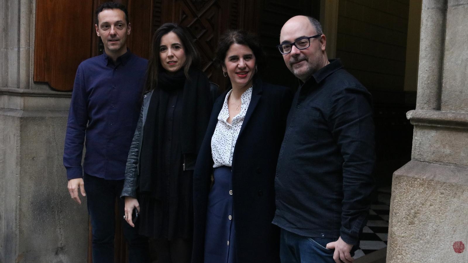 L'equip d'editors d'Ara Llibres: Joan Carles Girbés, Laura Rosel, Maia Conesa i Miquel Adam