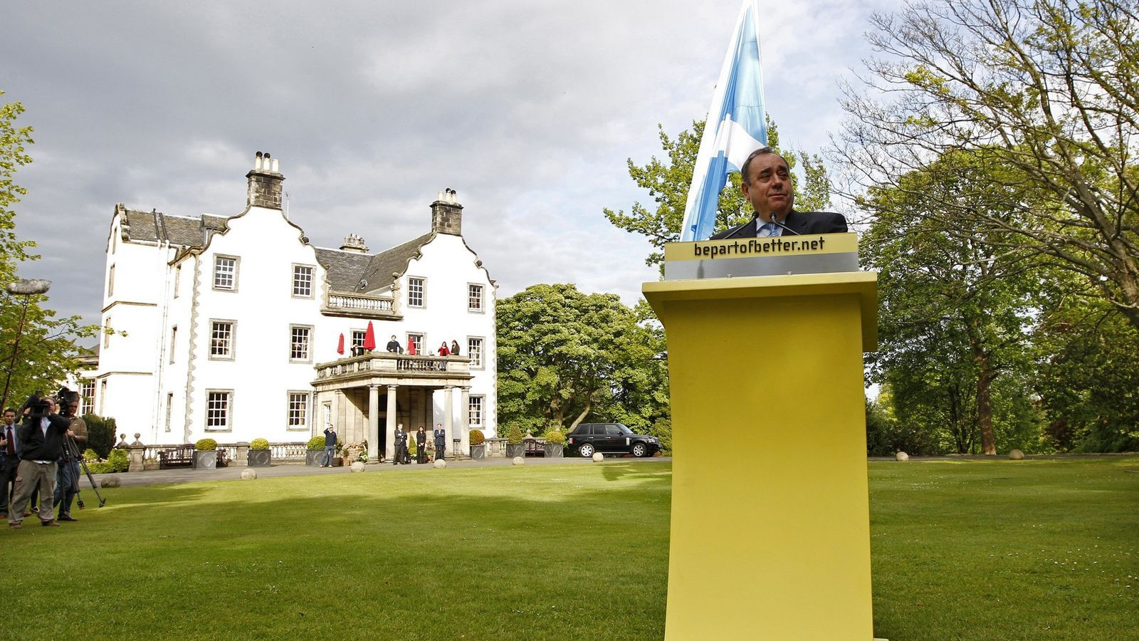 L'ONADA GROGA El líder del Partit Nacional Escocès, Alex Salmond, va obtenir una majoria absoluta que ni ell mateix no s'esperava.