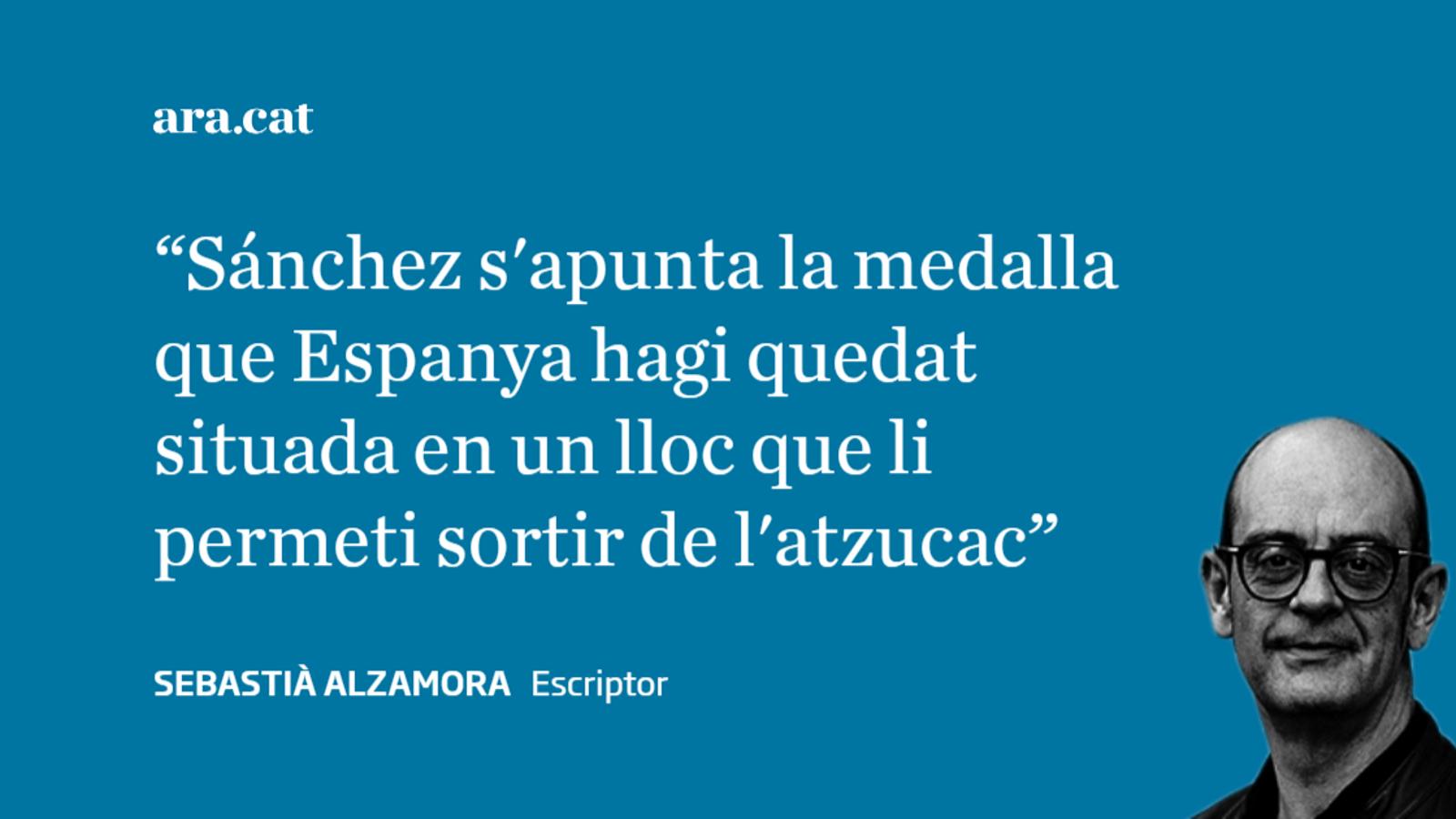 Pedro Sánchez torna a caure dret