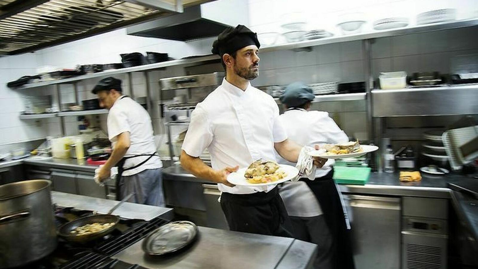 El treball a la cuina implica càrregues de treball importants