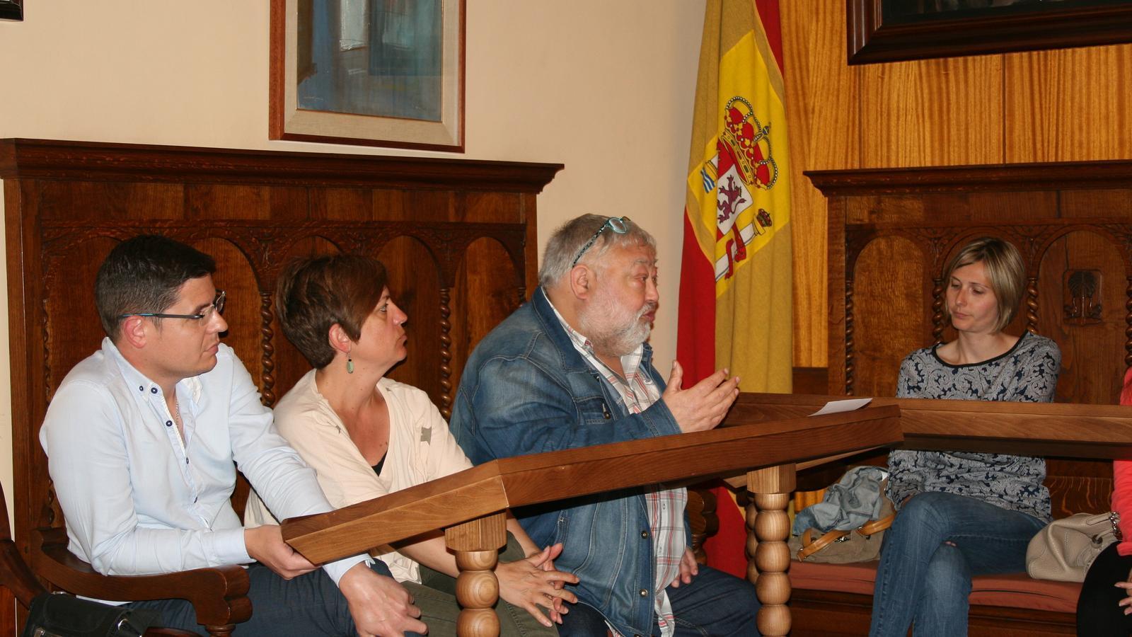 Joan Barceló, de Més per Porreres, durant la seva intervenció de proposta de reforma horària.