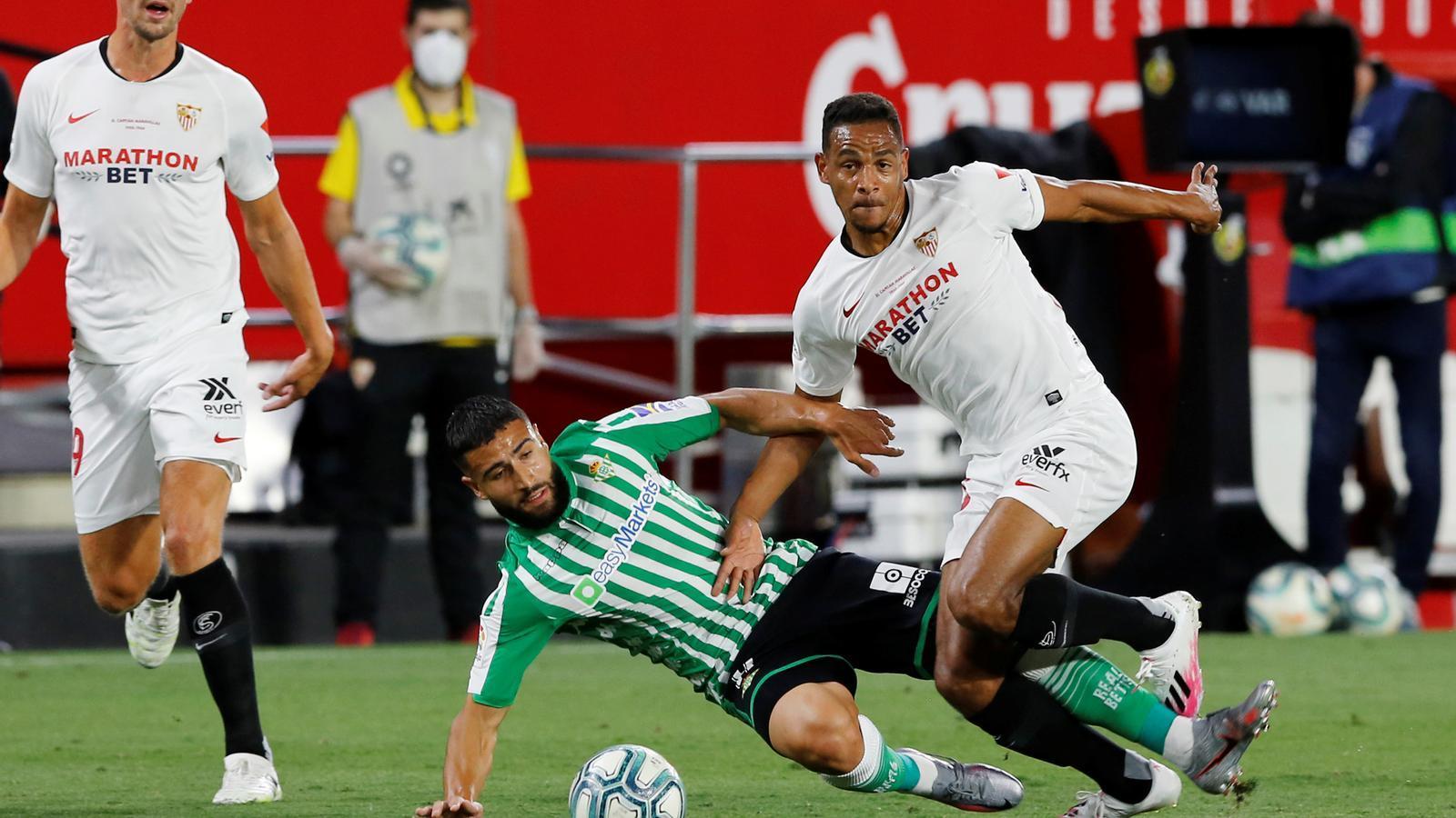 La Lliga torna amb un derbi dominat pel Sevilla (2-0)
