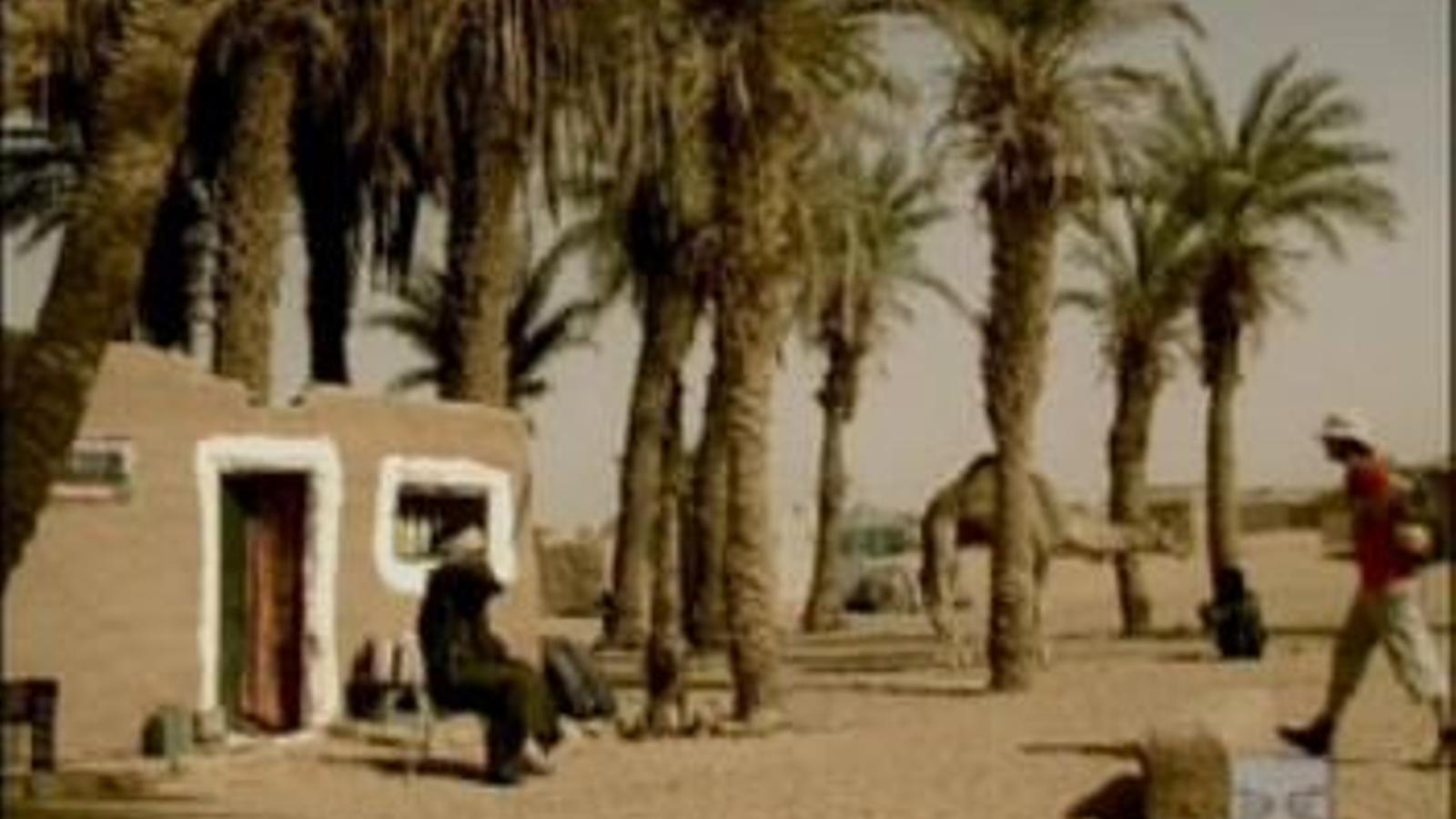 Espot de Damm de 2004: 'Amigo', Barça i Estrella Damm es confonen al desert