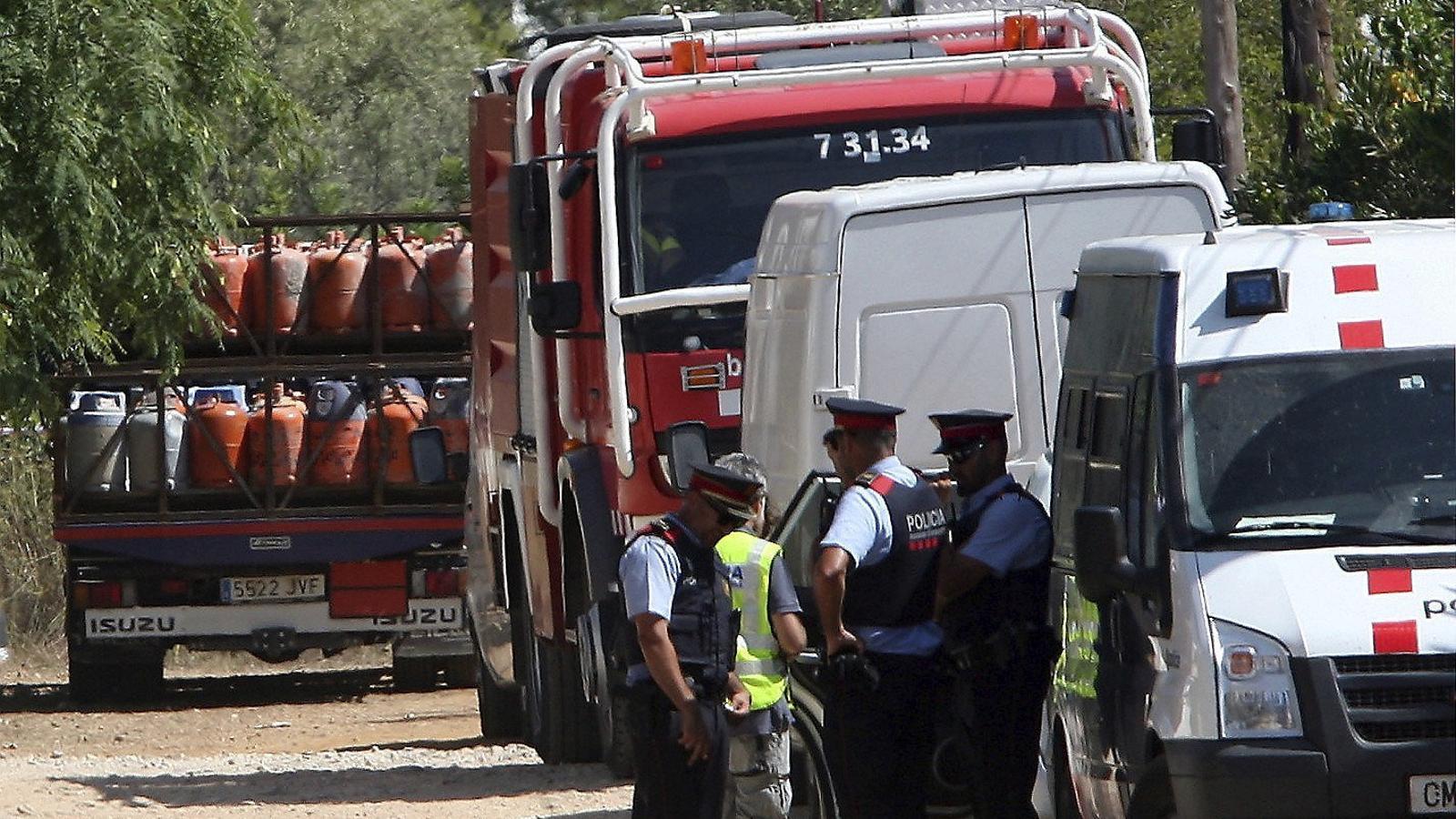 Els Mossos troben un cinturó d'explosius amb càrrega real entre les restes d'Alcanar