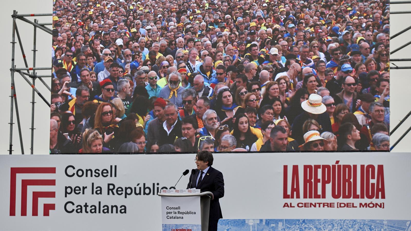 L'anàlisi d'Antoni Bassas: 'Les «tietes de Puigdemont»'