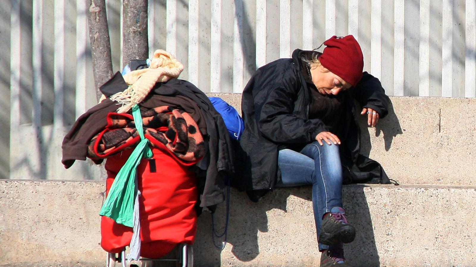 Girona pateix per primer cop un d ficit de lloguer social for Oficina habitatge girona