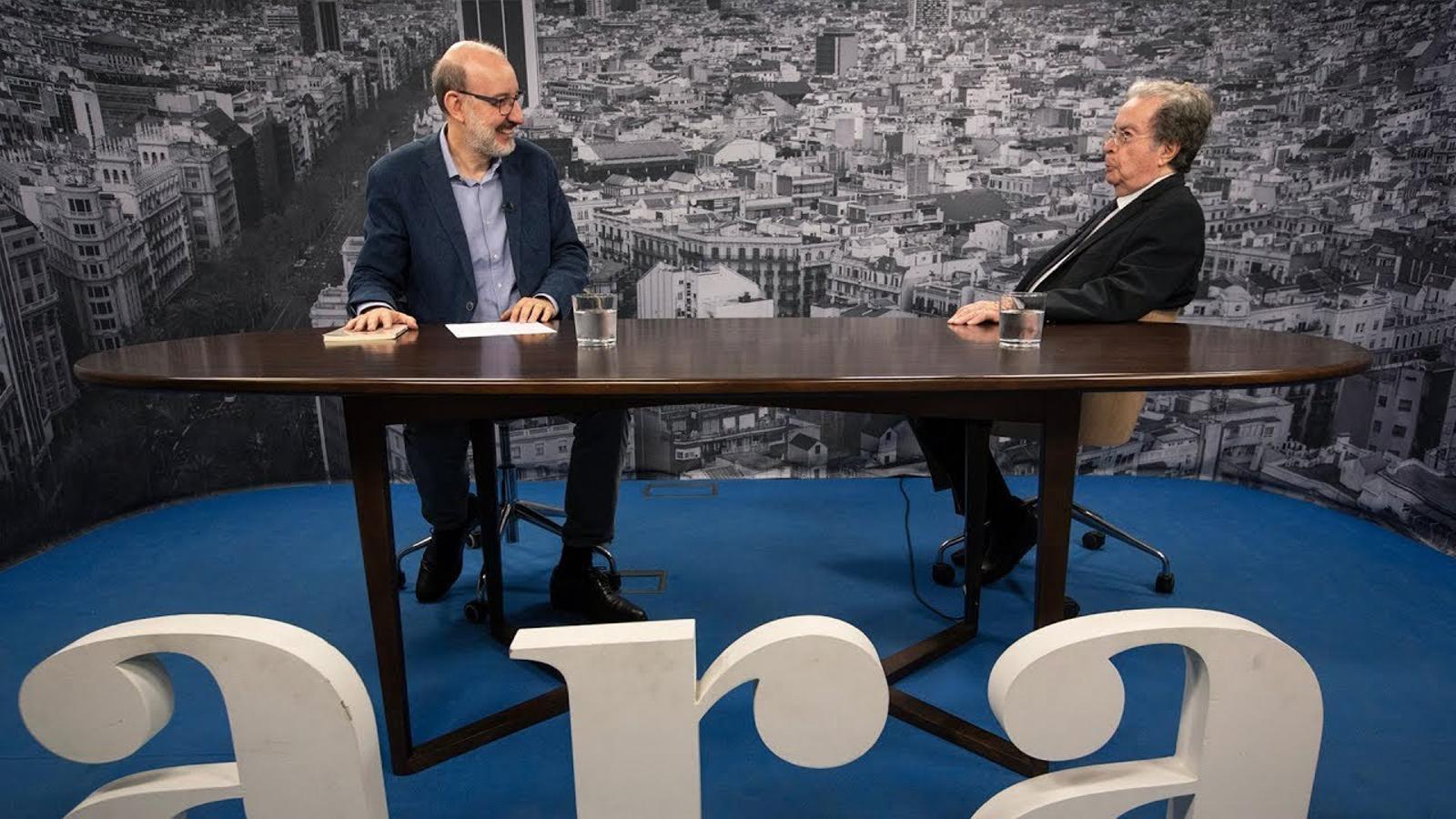 Entrevista d'Antoni Bassas a Francesc Cabana