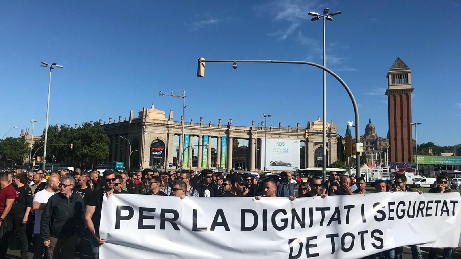Sindicats dels Mossos es tornen a mobilitzar i Buch els respon que les eleccions sindicals no s'han resolt