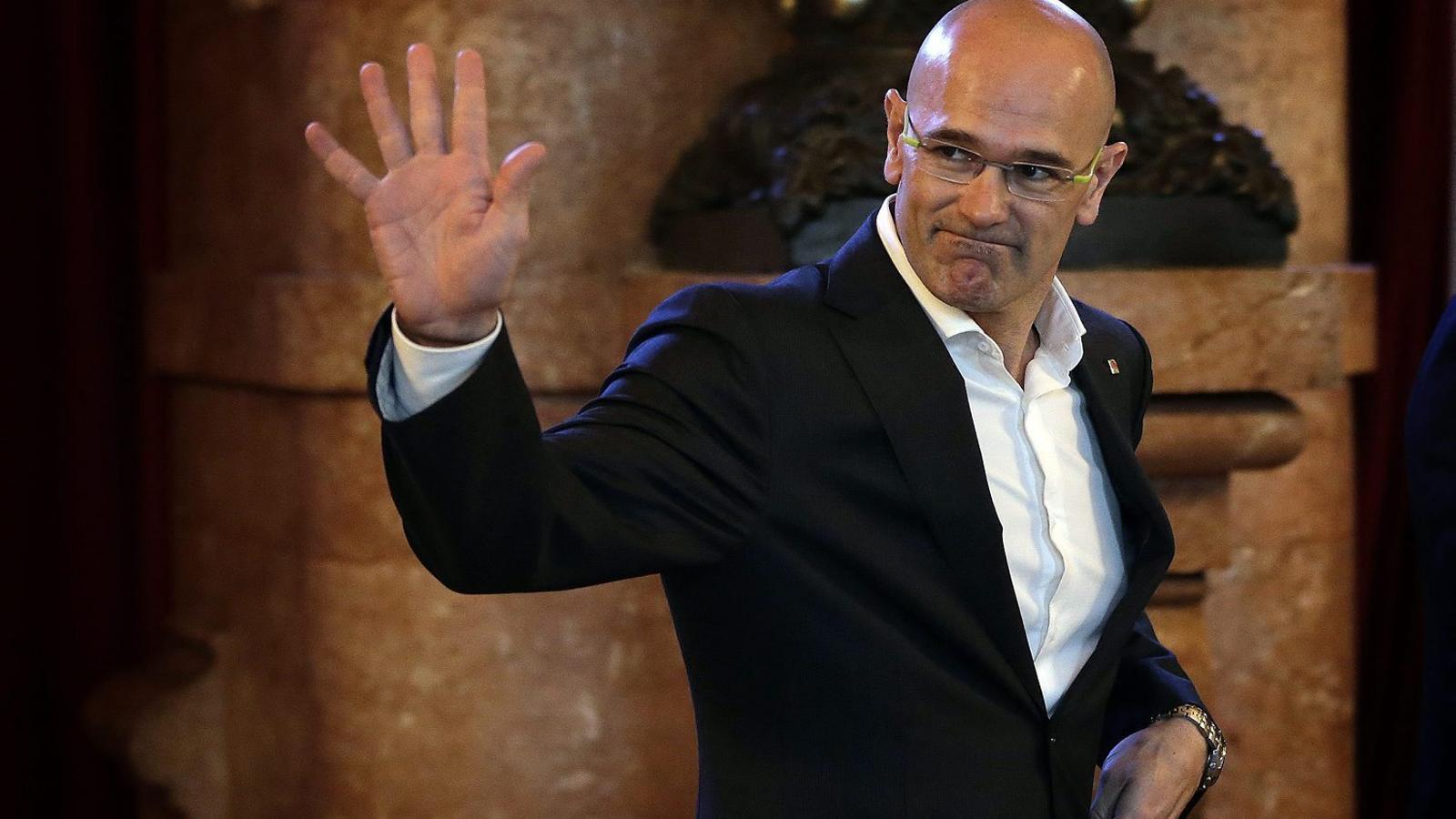La diplomàcia catalana ha de tirar d'imaginació per fer-se present al món.