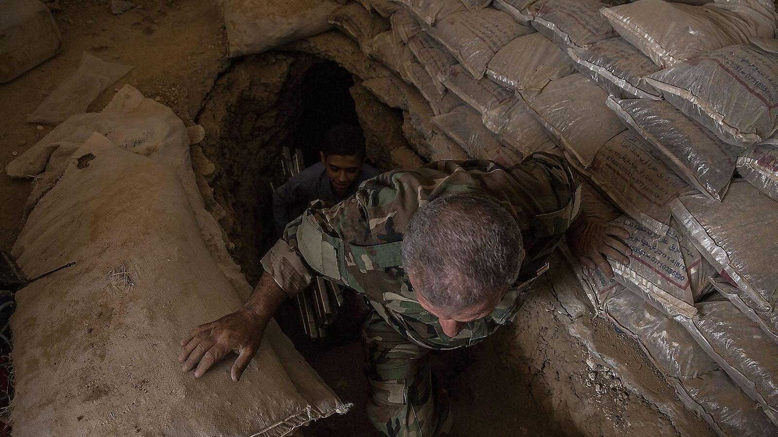 El poble  dels túnels secrets  de l'Estat Islàmic