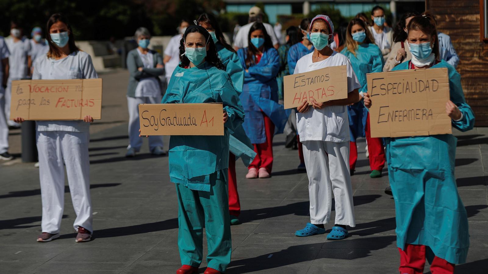 Protesta d'infermeres dilluns a l'hospital de La Paz de Madrid.