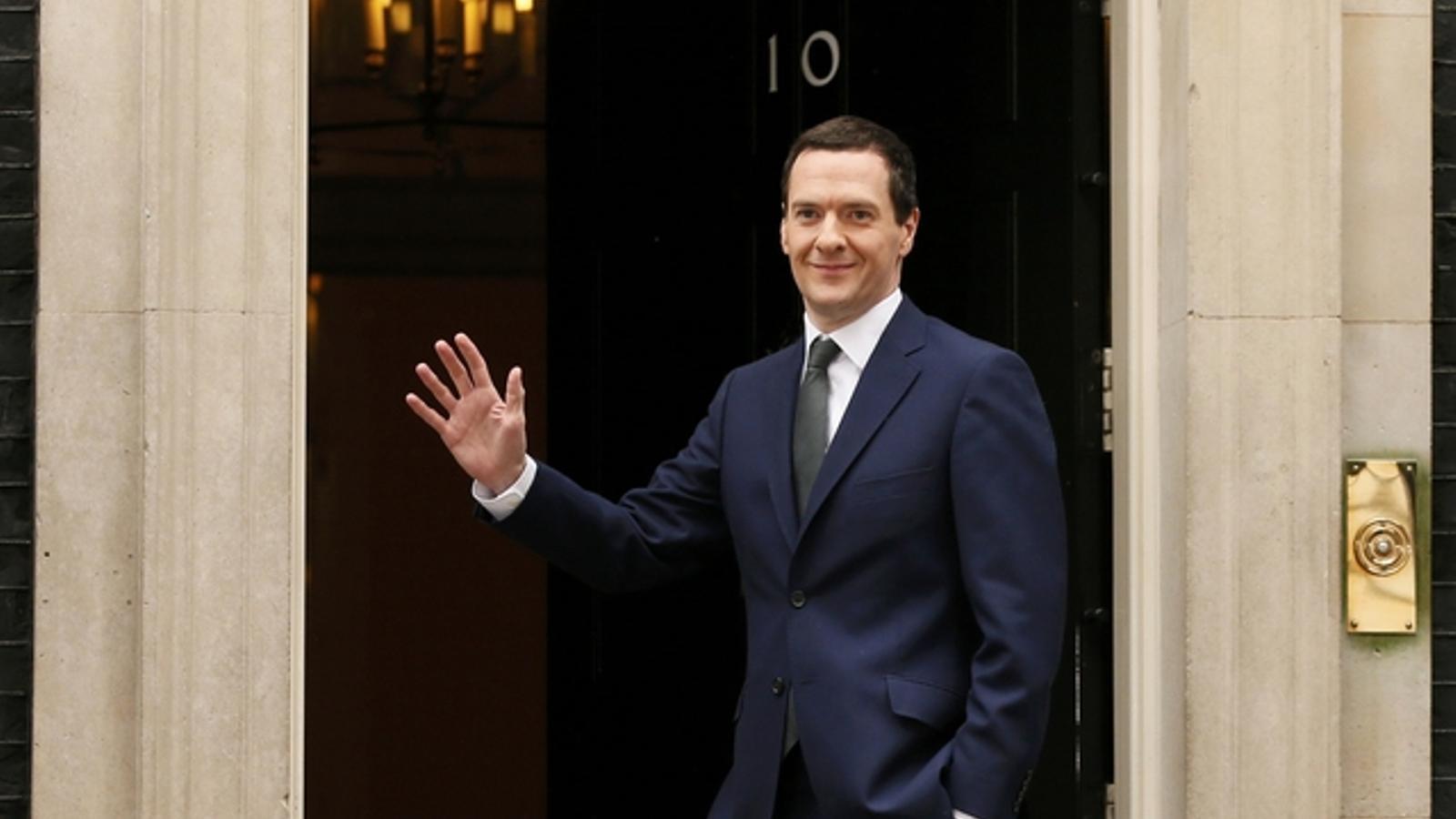Cameron ratifica els seus ministres d 39 economia interior for Ministre interior