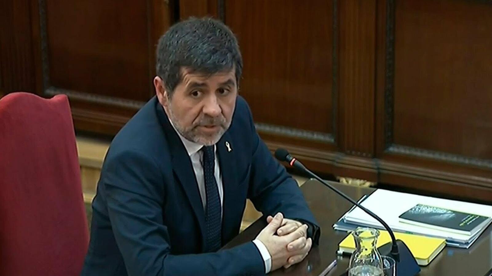 """Jordi Sànchez, al fiscal: """"Su actitud no es la misma que la del escrito de acusación"""""""