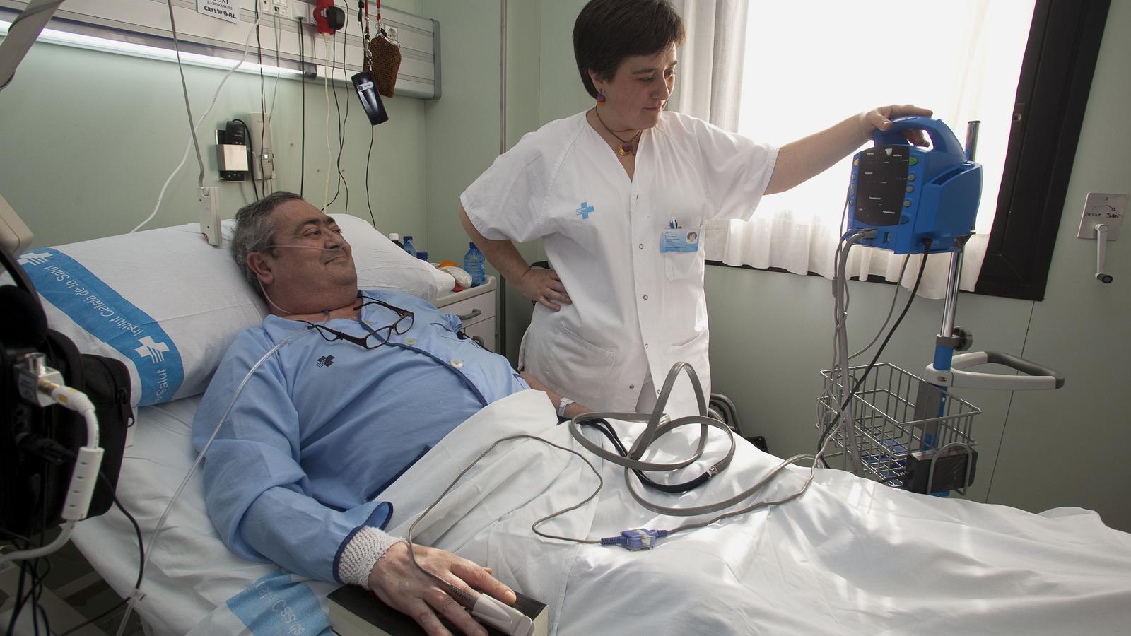 El Sindicat de Tècnics d'infermeria recull firmes per acabar amb les agressions
