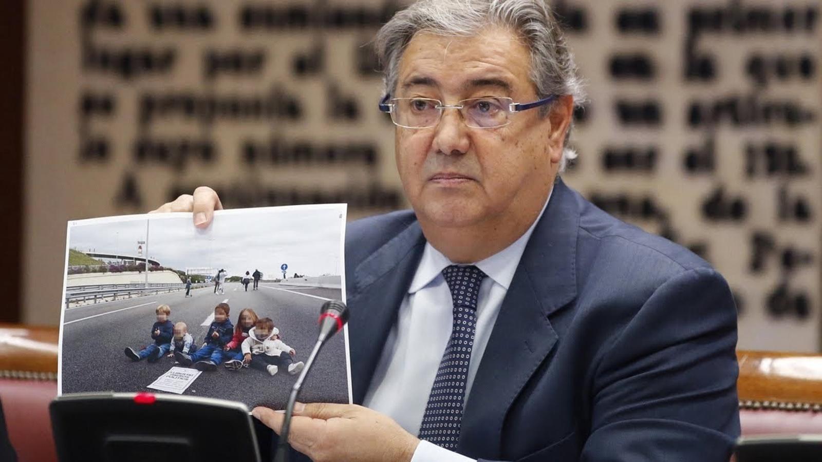 Zoido xifra el desplegament policial amb un cost de 87 milions