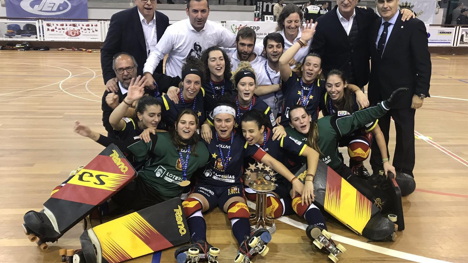 Espanya guanya l'Europeu d'hoquei patins després de fer un viatge per jugar 105 segons