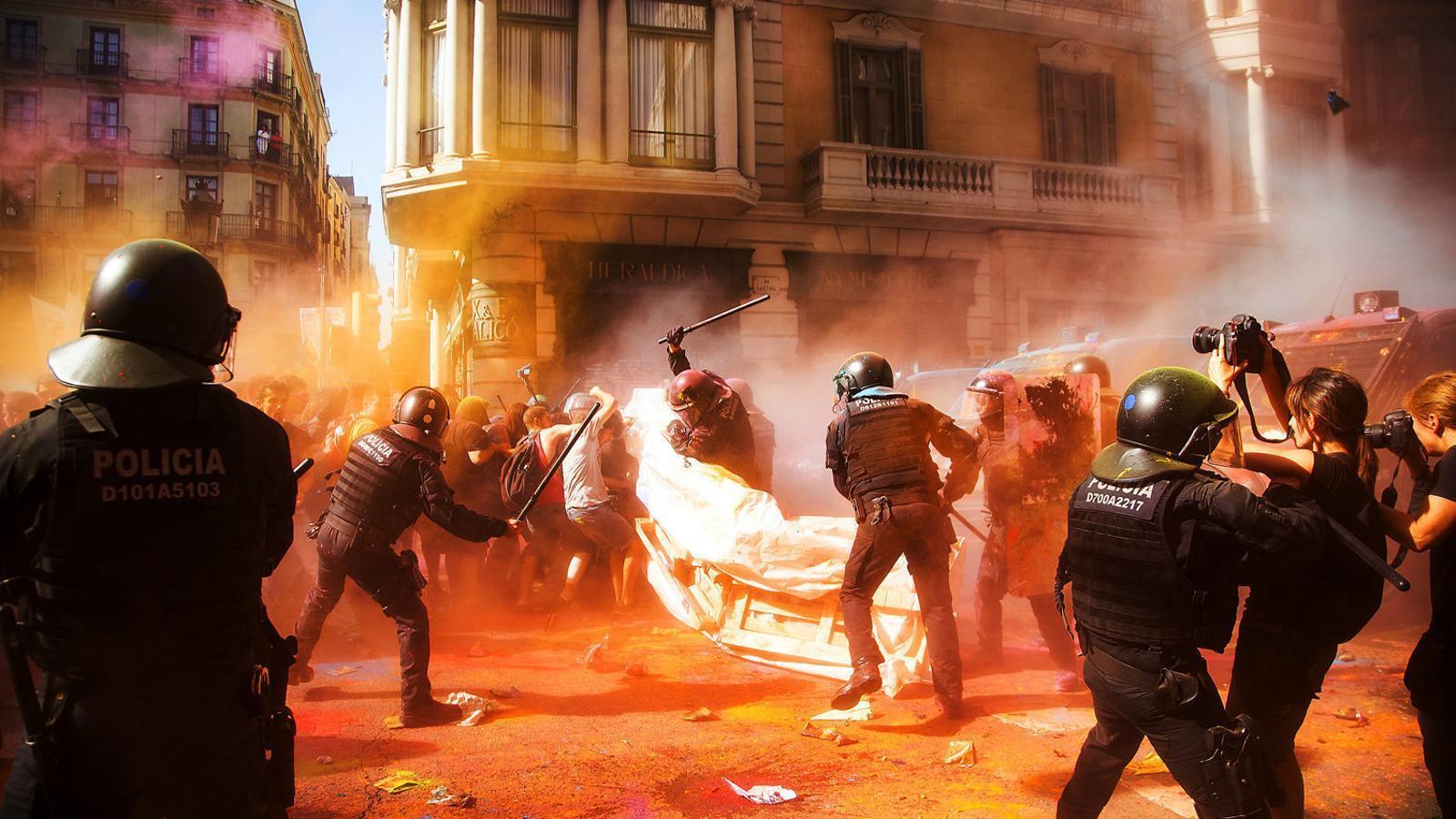Buch compareix per explicar l'actuació dels Mossos a les manifestacions independentistes del 10 de setembre i l'1 d'octubre