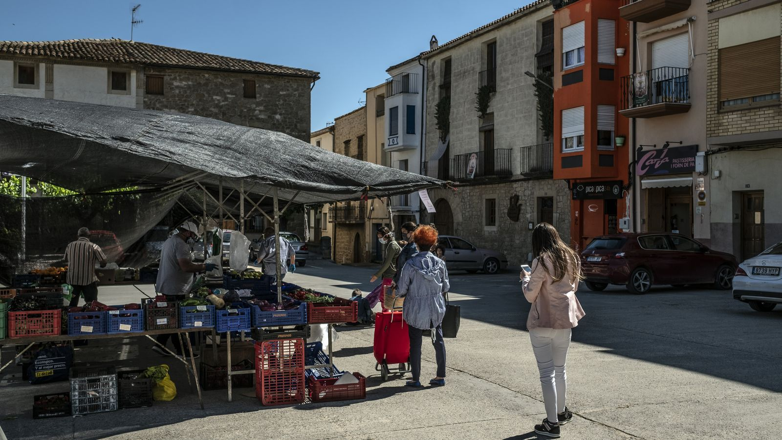 El mercat de Batea, a primera hora,la primera setmana de fase 1 del desconfinament a la Terra Alta
