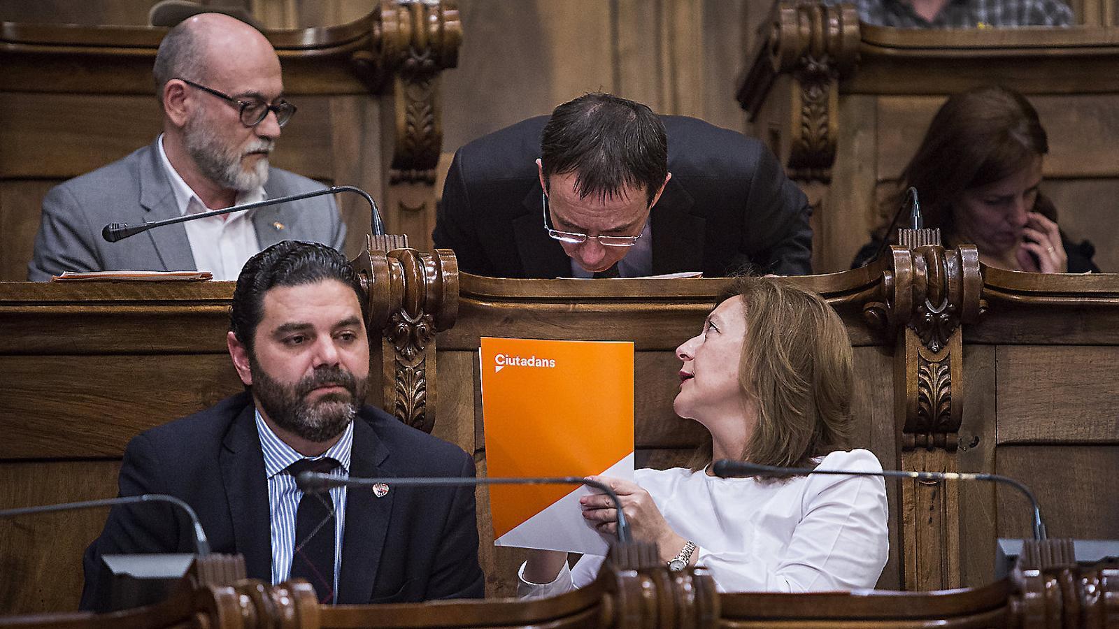 El grup de Cs, comandat fins ara per Carina Mejías, durant un ple a l'Ajuntament de Barcelona.