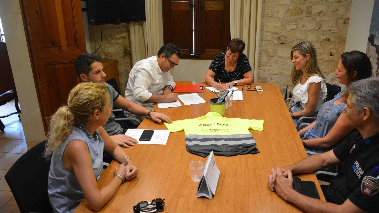 Signatura del conveni entre Ajuntament i BALCAT.