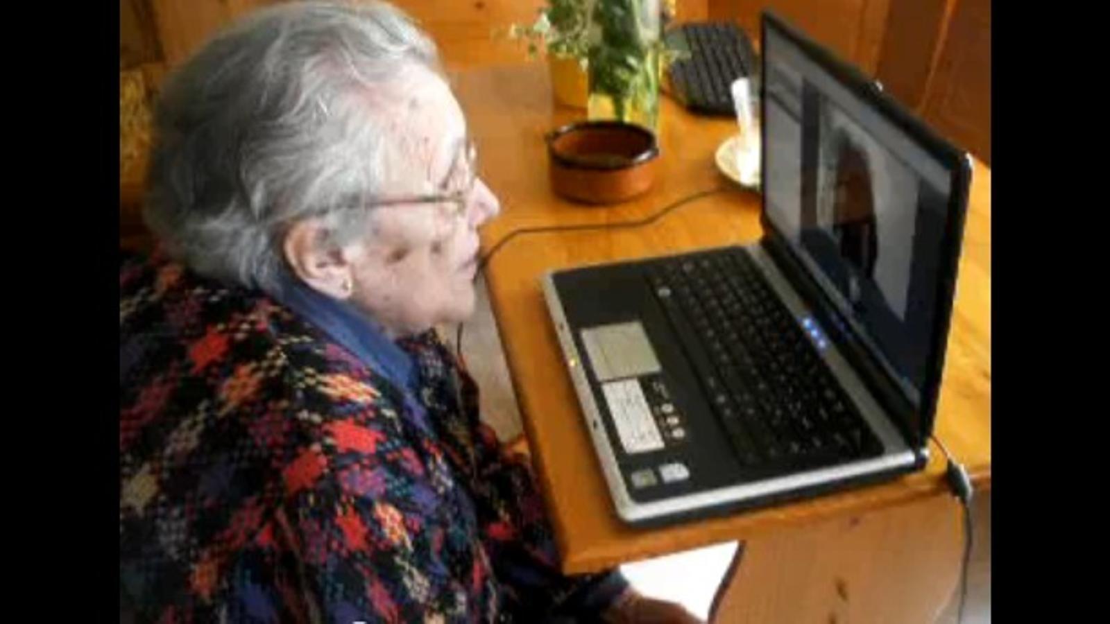 Parlant per Skype als 94 anys