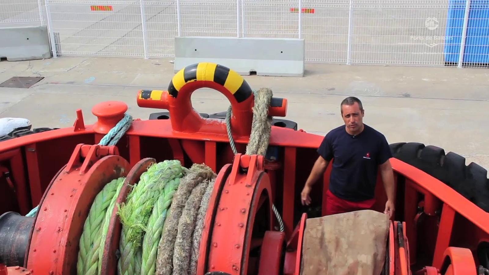 Els remolcadors, artífexs de l'arribada segura de les mercaderies perilloses