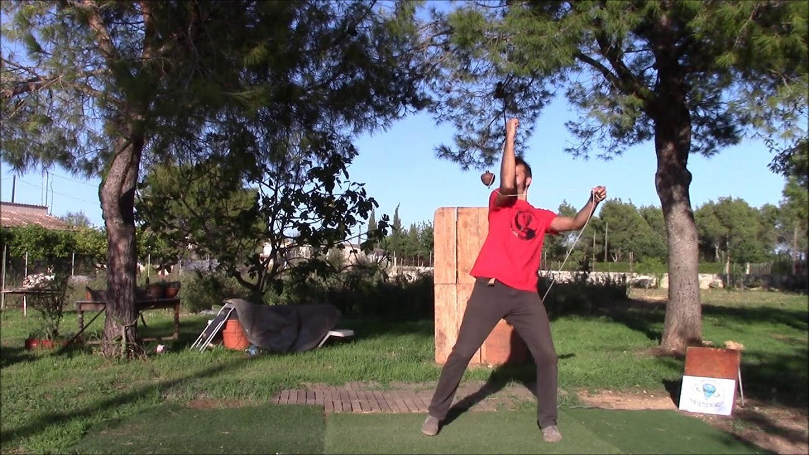El mallorquí Guillem Vizcaíno guanya el campionat mundial de baldufa