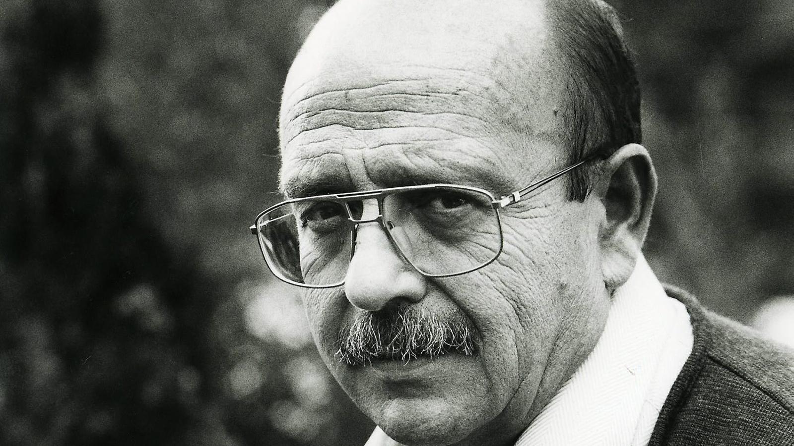 Vázquez Montalbán:   Cròniques del cruyffisme